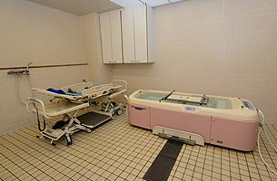 風呂場(機械浴)